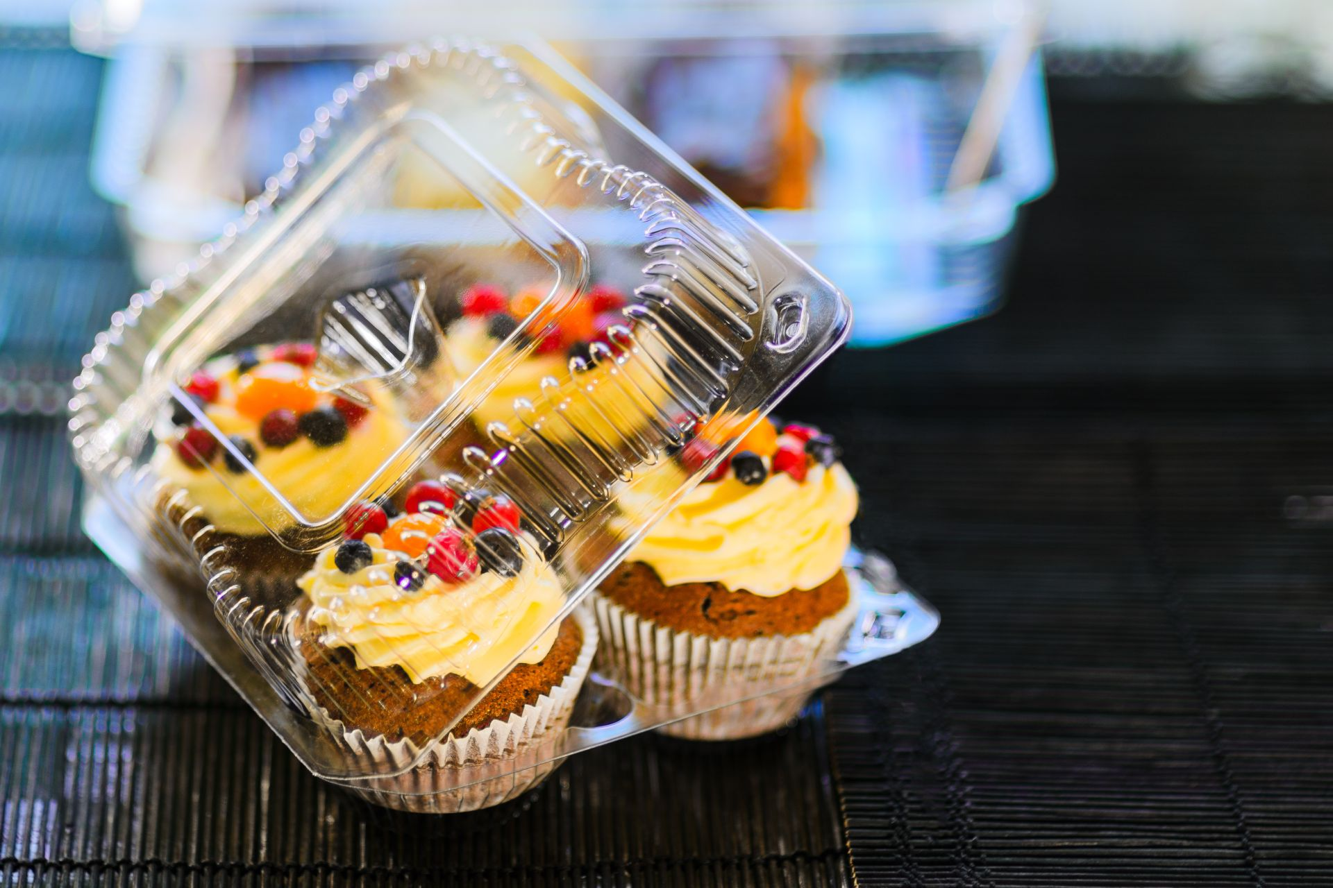 Packaging for cakes can be managed by our packaging software